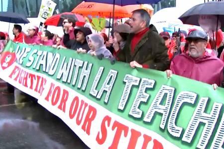 EE.UU: 30000 docentes en huelga