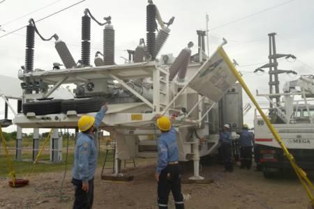 La EPE conectó una estación transformadora móvil en Arrufó