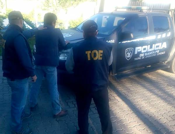 Detuvieron a sospechoso de homicidio en Villa Minetti